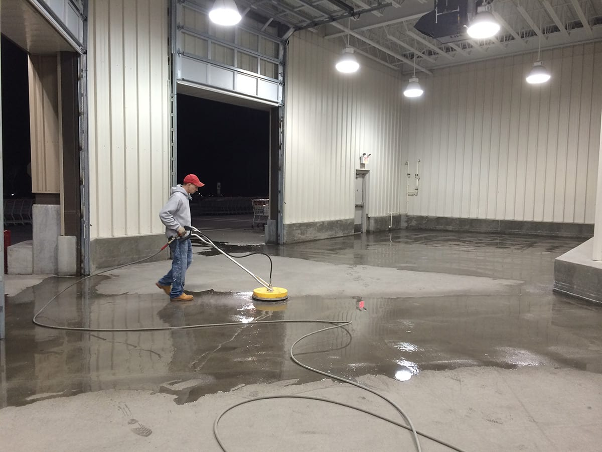 Commercial concrete cleaning psi pressure washing for Industrial concrete cleaner